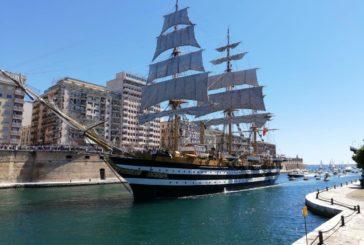 Nave Vespucci a Taranto, orgoglio italiano nel Mondo