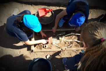 La domenica si viaggia nel tempo con «vivi la storia» Taranto: laboratori di archeologia sperimentale e visite guidate nella necropoli di via Marche